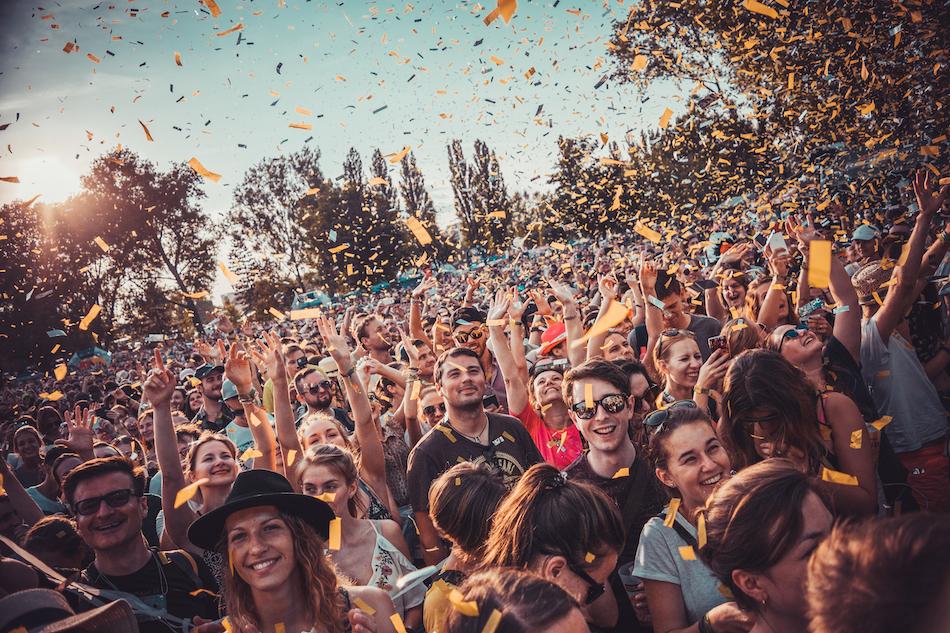 Going. Fest: Przewodnik po letnich festiwalach vol. 1