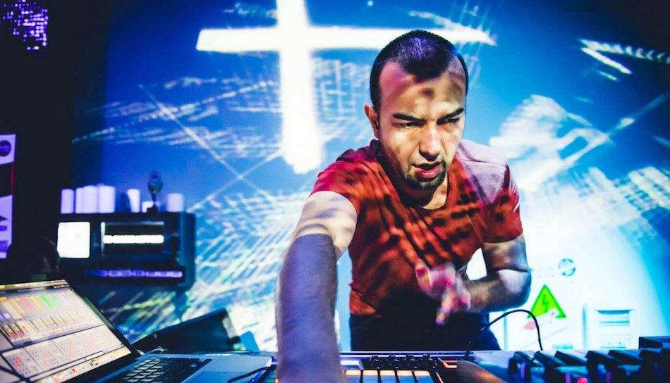 Kolejny weekend na Smolnej: KiNK i Audiofly