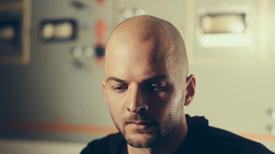 Nils Frahm ponownie przyjedzie do Polski – wybieramy esencjonalne występy muzyka