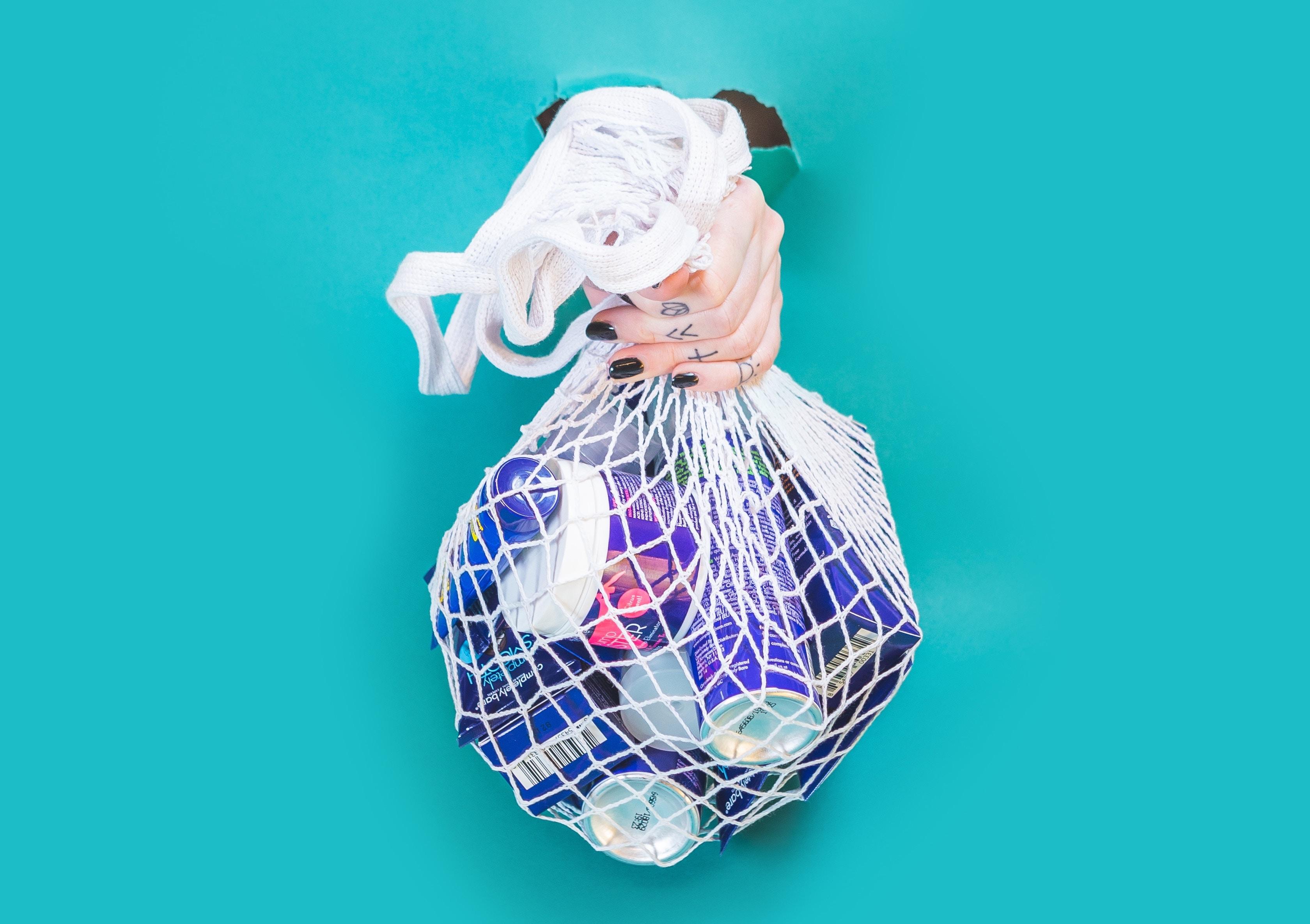 """""""Czy pozostawimy po sobie jedynie góry śmieci?"""" – Dziś Światowy Dzień Ochrony Środowiska"""