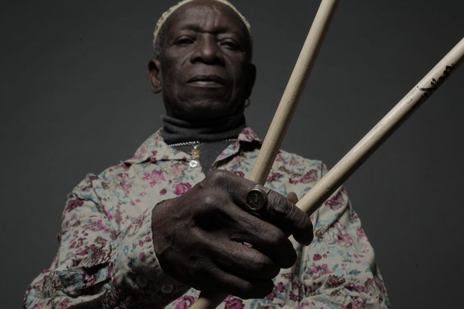 5 kolaboracji Tony'ego Allena, które nie mająwiele wspólnego z afrobeatem