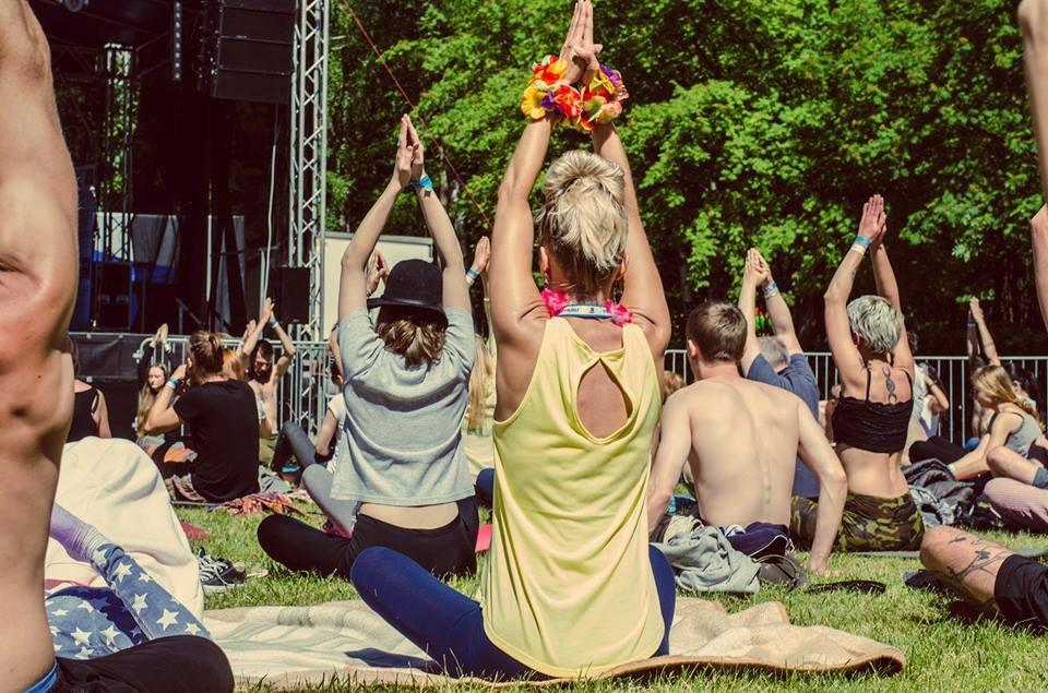 Festiwal Wibracje artykuł Going. telepatia psychodeliki