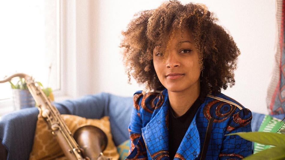 Afrykańskie dziedzictwo, hip-hopowe korzenie i klubowa rewolucja – 10 muzyków nowej fali brytyjskiego jazzu, których musicie znać