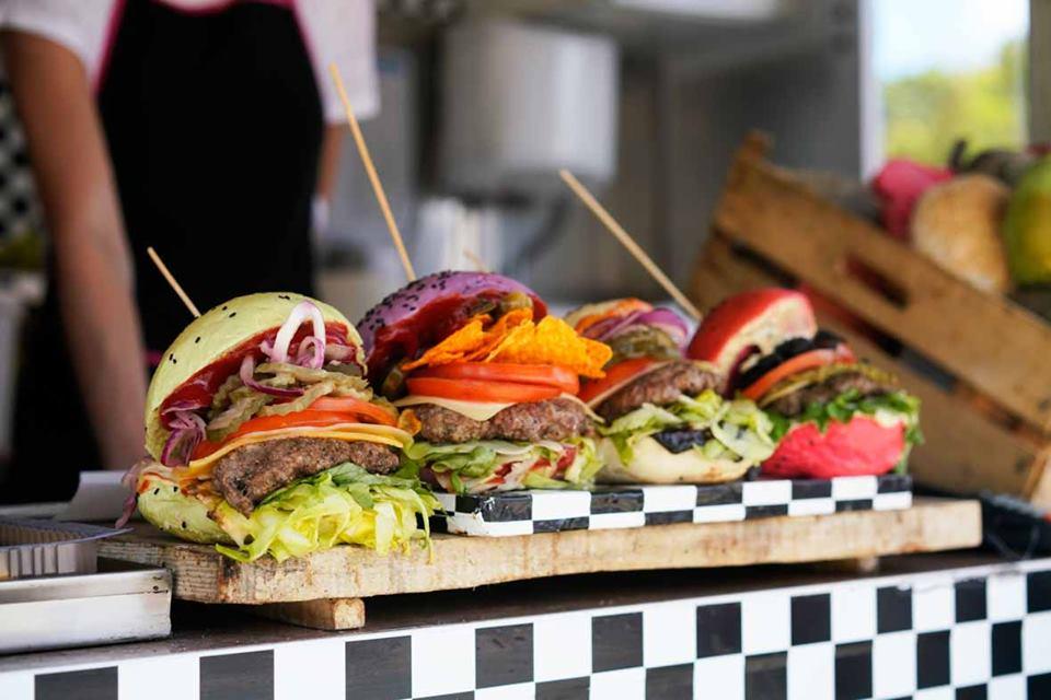 Wybieramy burgerowego mistrza – Żarcie na Kółkach już w ten weekend