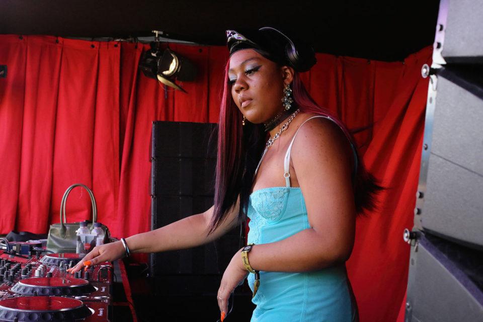 Jersey club, kwaśne basy, połamane rytmy i intensywne techno – do czego tańczyć podczas Upper Festival?