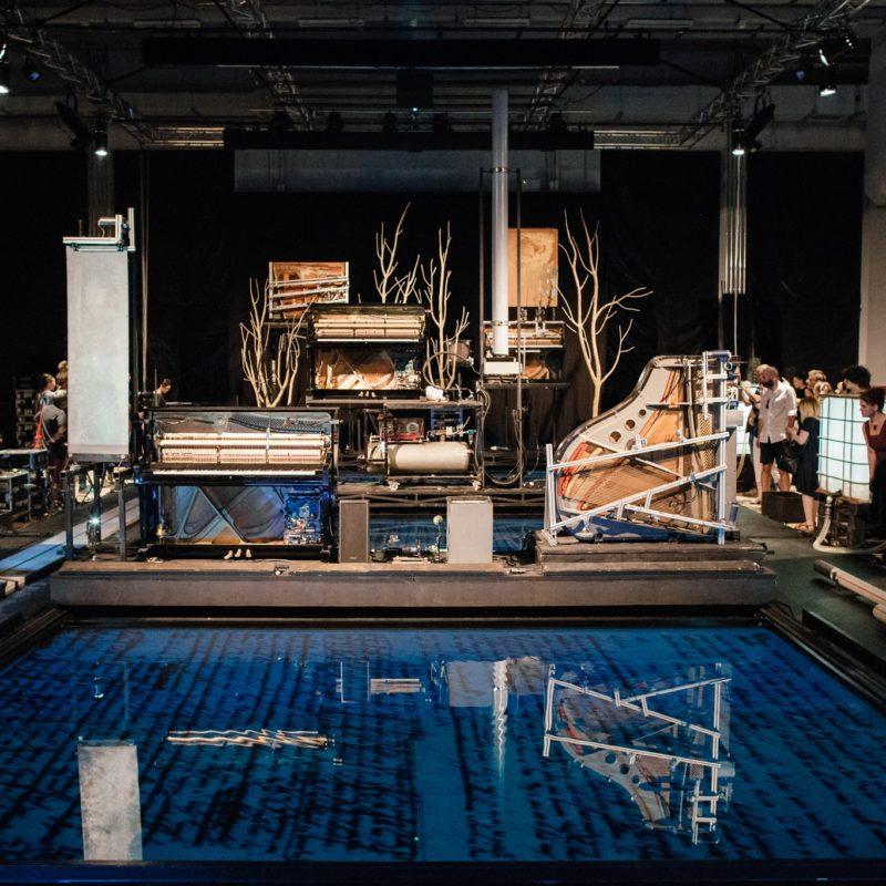 Instalakcje 8 w Nowym Teatrze – niekonwencjonalne podejście do muzyki