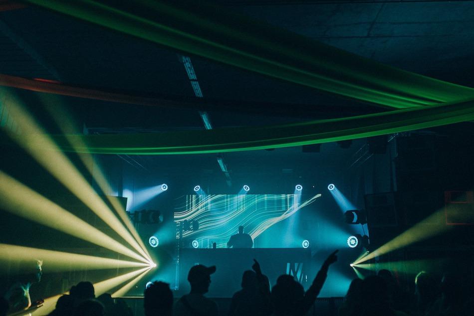 Esencja londyńskich klubów, audiowizualny absolut i weteran sceny elektro – pięć kluczowych występów na X edycji Up To Date Festival