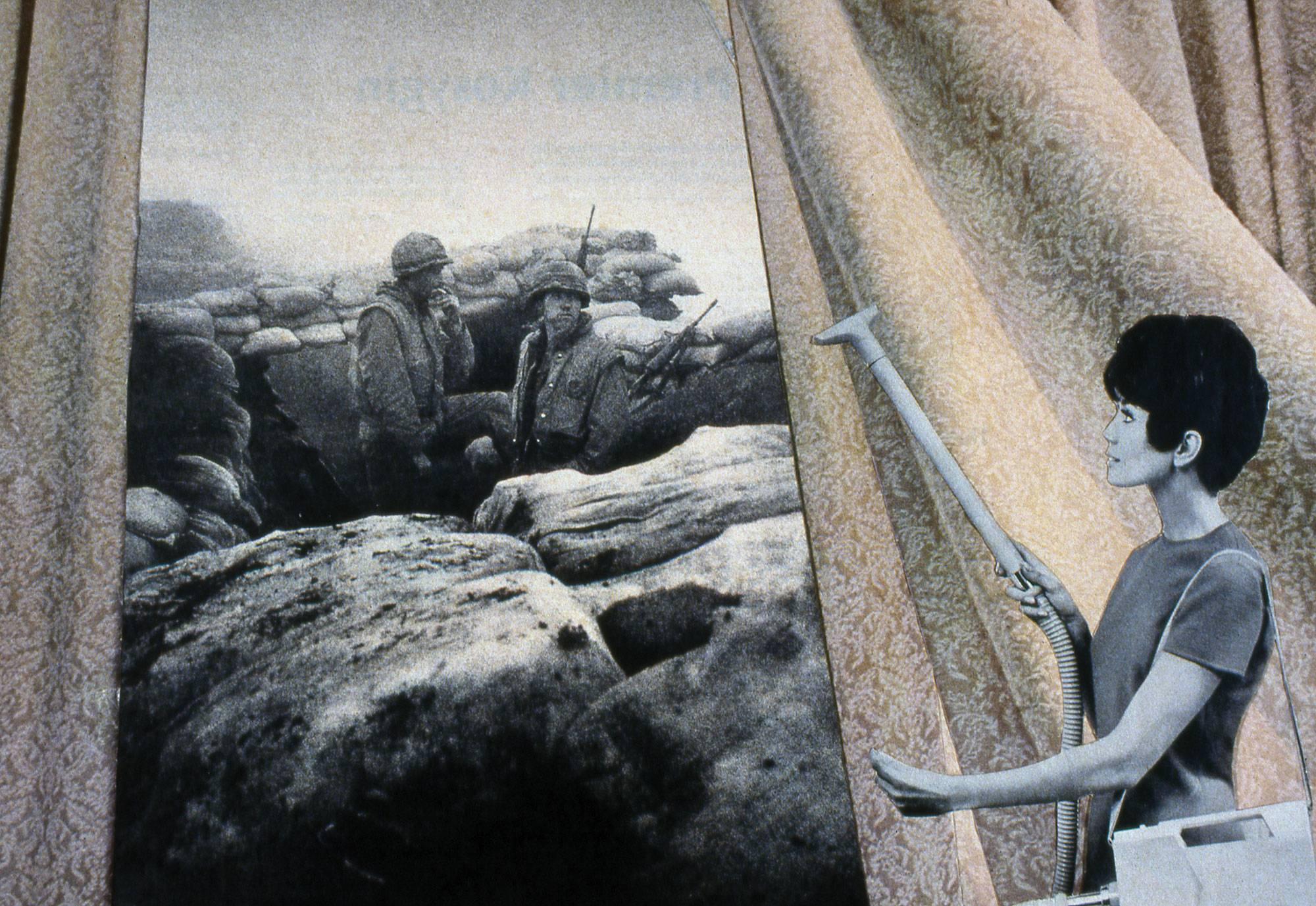 """Czy faszyzm jest nieśmiertelny? – zbliża się finisaż wystawy """"Nigdy więcej"""" w warszawskim MSNie"""